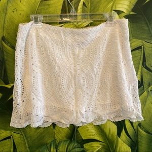 Lilly Pulitzer white lace skort